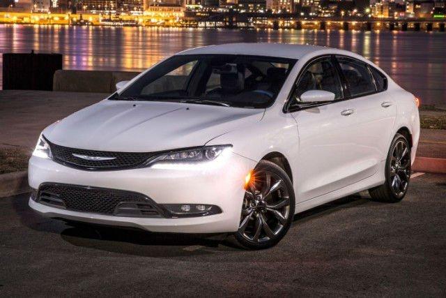 2017 Chrysler 200 MPG