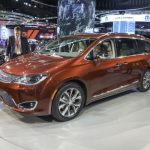 2017 Chrysler Pacifica Limited Model