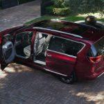 2017 Chrysler Pacifica Touring-L Van