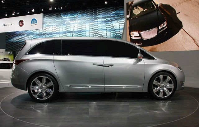 2017 Chrysler Town And Country Model