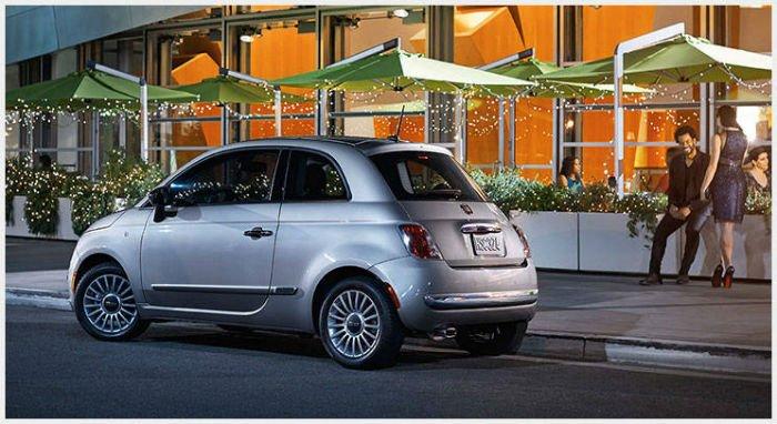 2017 Fiat 500 Lounge Official Photos