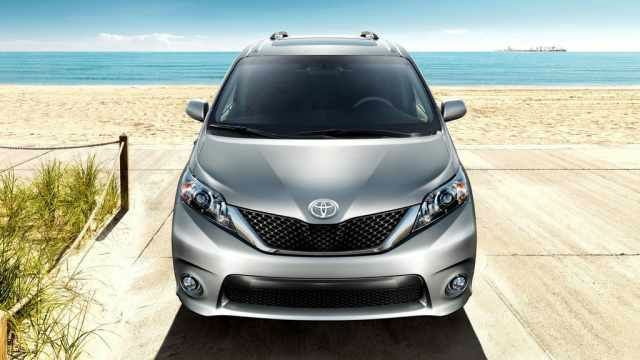 2017 Toyota Sienna Hybrid