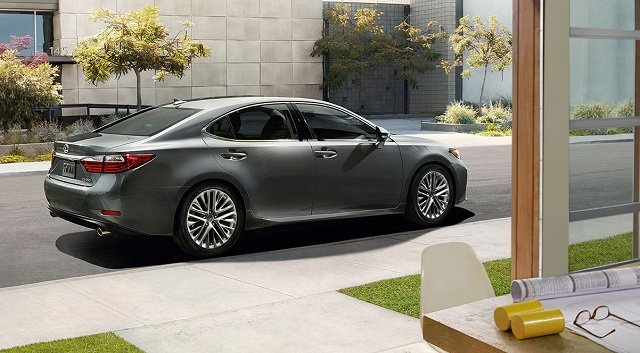 2017 lexus es 350 official photo. Black Bedroom Furniture Sets. Home Design Ideas