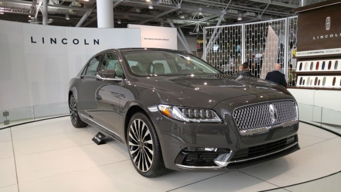 http://www.gtopcars.com/wp-content/uploads/2016/09/2017-Lincoln-Continental-Black-Label.jpeg