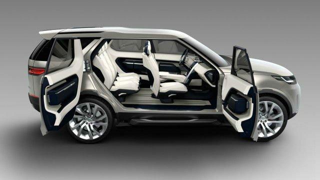 2017 Land Rover LR4 Inside