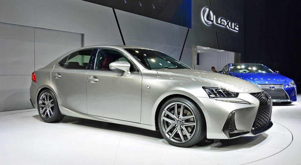 2017 Lexus IS F