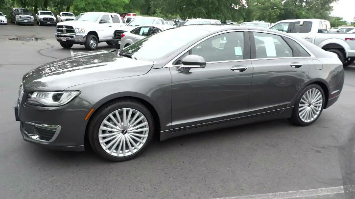2017 Lincoln MKZ Reserve Model