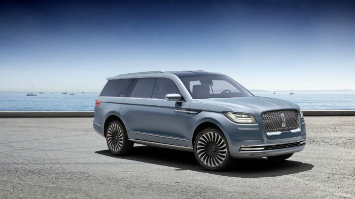 2017 Lincoln Navigator Model