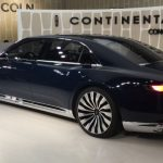 2017 Lincoln Town Car Pictures