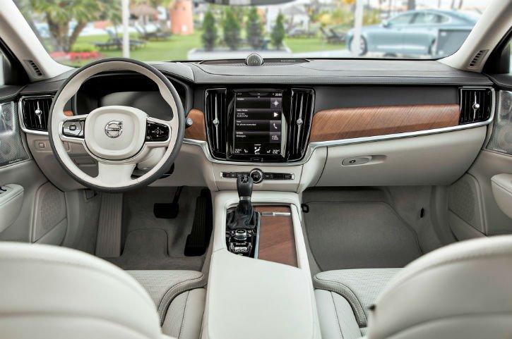 2017 Volvo S90 Interior