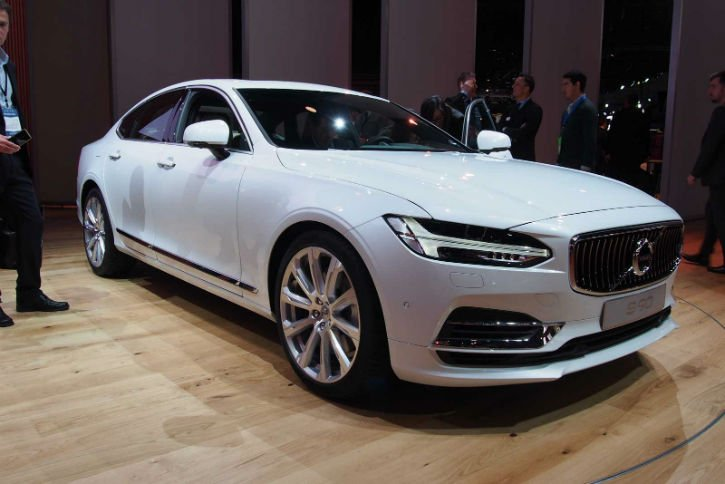2017 Volvo S90 Pictures