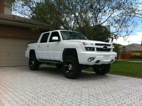 Chevy Avalanche Lifted