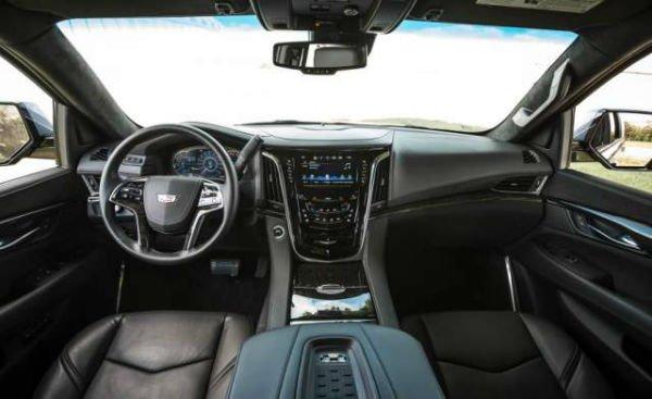 2007 Cadillac Escalade Interior