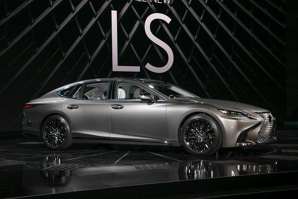Lexus LS 600h 2018