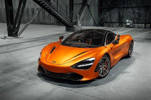 2018 McLaren 720S Walpaper