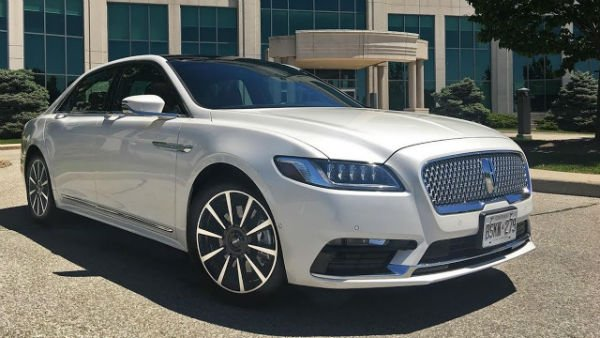 2018 Lincoln Continental Model