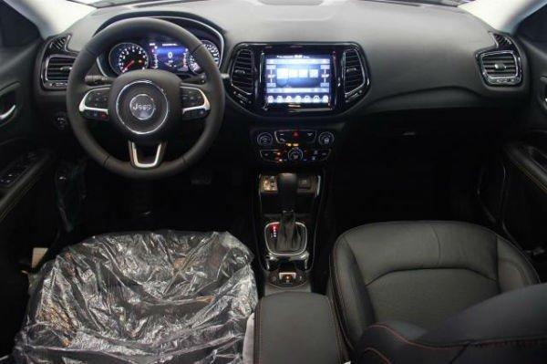 Jeep Compass 2018 Interior