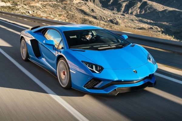 Lamborghini Aventador 2018