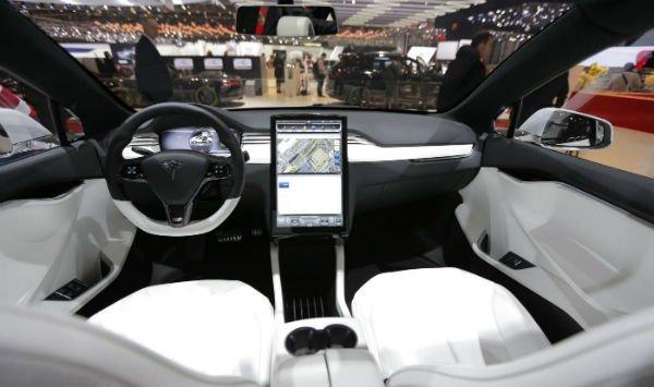 2020 Tesla Roadster Interior
