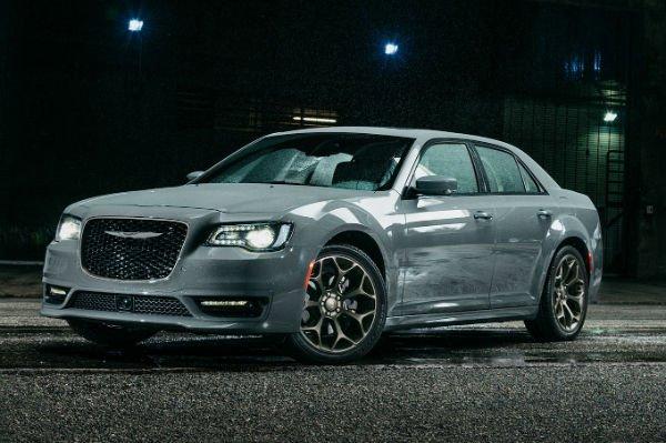 2019 Chrysler 300 V-8