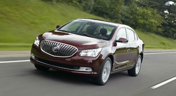 2020 Buick LaCrosse Pictures