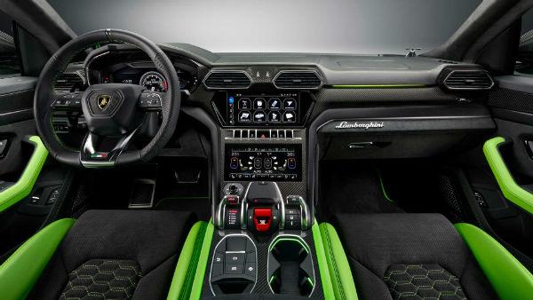 2021 Lamborghini Urus Interior
