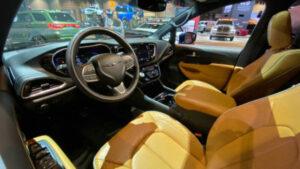 2021 Chrysler Pacifica Pinnacle Interior