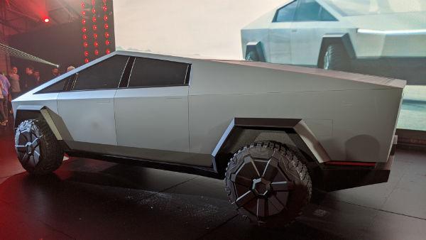 Tesla 2021 Cybertruck