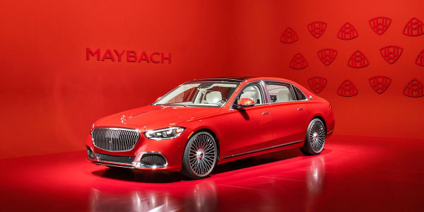 2021 Maybach S650 Red