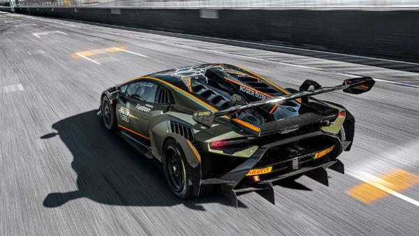 2022 Lamborghini Huracan Super Trofeo Omologata