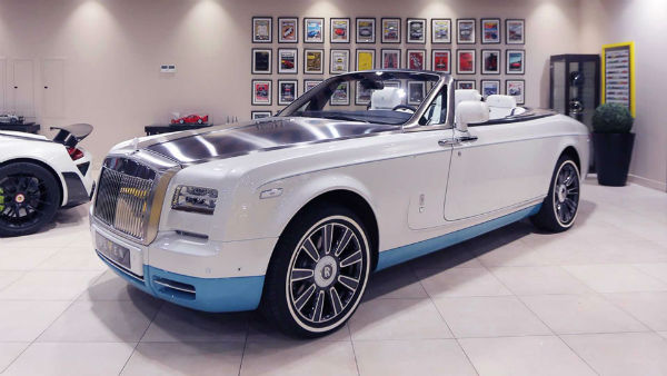 2022 Rolls-Royce Phantom Drophead