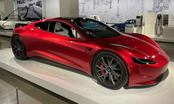2022 Tesla Roadster SpaceX