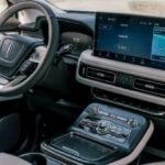 2022 Lincoln Town Car Interior