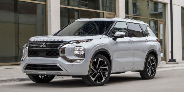 2022 Mitsubishi Outlander ES 4WD CVT
