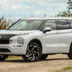2022 Mitsubishi Outlander Off Road